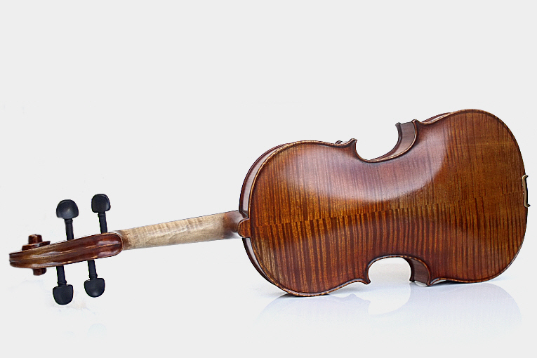 Maestro Viola Antique