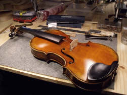 montage-violon-de-luthier-th