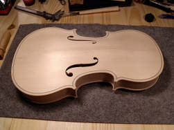 violon-en-fabrication-th
