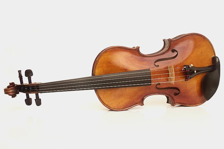 Maestro Violin Saint Grégoire